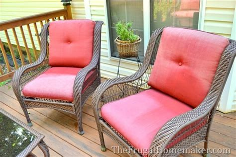 How Do You Clean Patio Cushions by Can You Wash Patio Chair Cushions In The Washing Machine