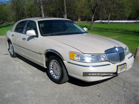 electronic stability control 1999 lincoln town car free book repair manuals 1999 lincoln town car cartier 4 dr sedan v 8 4 6 electronic fuel injection