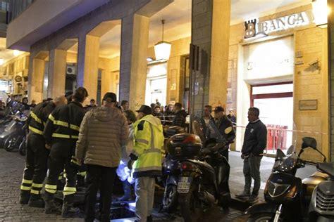 banca credito popolare torre greco filiali rapina in banca armi contro clienti