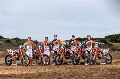 Ktm Supercross Riders Bull Ktm Motocross Factory Racing Team Tony Cairoli