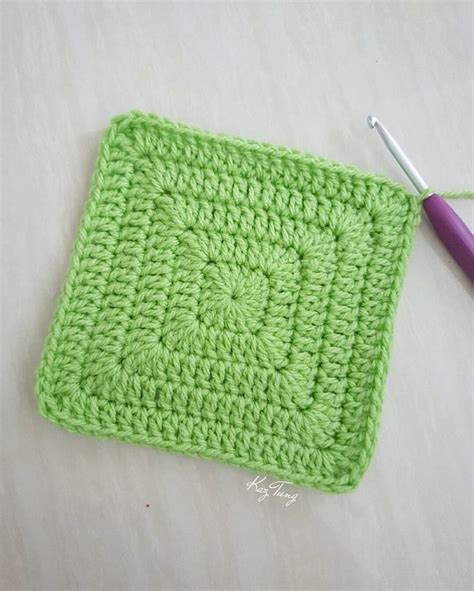 crochet pattern in square solid granny square without gaps just keep doing 2dc 1tr