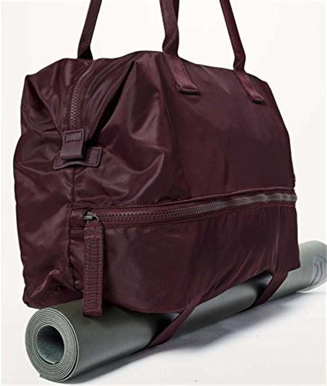 go lightly duffel lululemon review lululemon go lightly duffel garnet tote bag womens