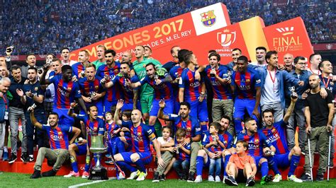 barcelona info fc barcelona news 28 may 2017 barcelona end season with