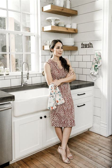 fixer upper joanna gaines shares her spring cleaning 1314 best fixer upper joanna and chip images on