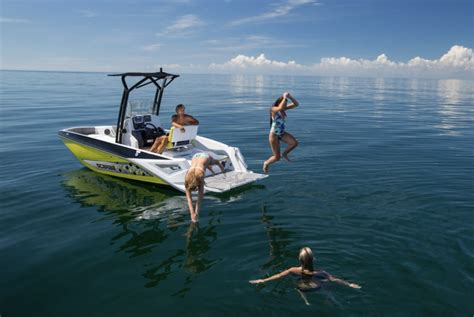 best runabout boat 2017 best runabouts of 2017 boats