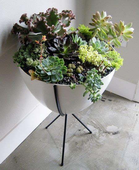 Jardiniere D Interieur Sur Pied by Un Pot Sur Pieds 176 176 Fleurs Flowers