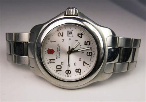 Swiss Army 400 gents swiss army victorinox stainless steel