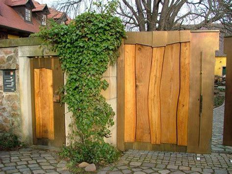 Gartenideen Kleiner Garten 3393 by Die 25 Besten Ideen Zu Hoftor Auf Einfahrt