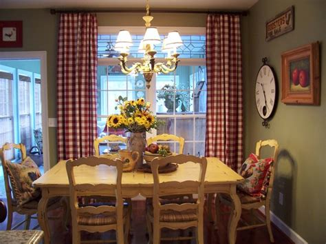 Kim Nichols Farmhouse Dining Room Dining Room Atlanta