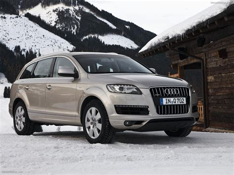 Audi Q7 2011 Exotic Car Picture #01 of 35 : Diesel Station Q 2011