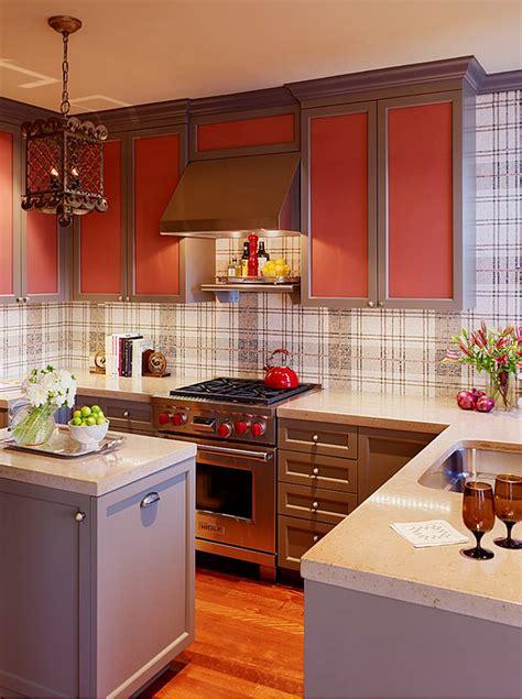 bold yellow backsplash design interior design ideas 2015 kitchen summer trends consider glass backsplash