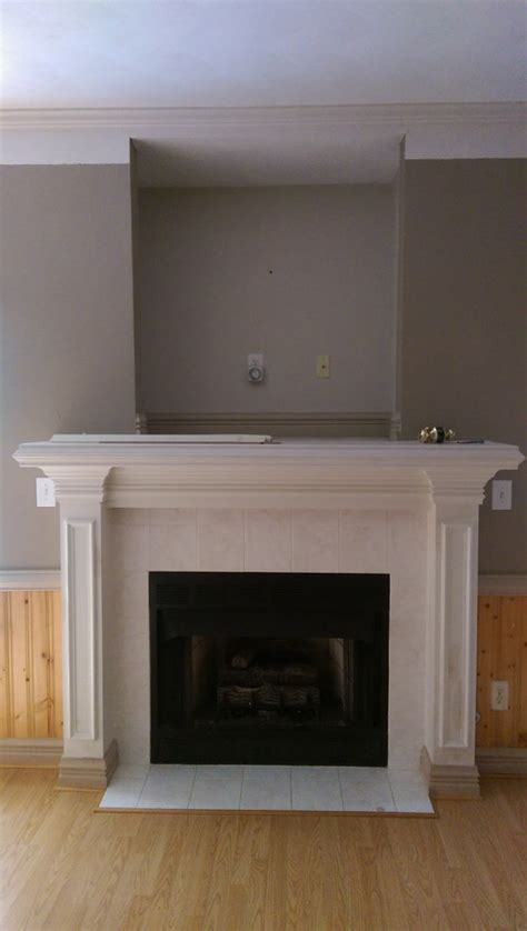 recessed wall above fireplace