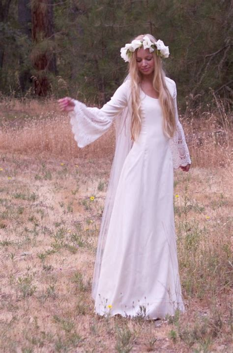 25 best ideas about hippie wedding dresses on pinterest