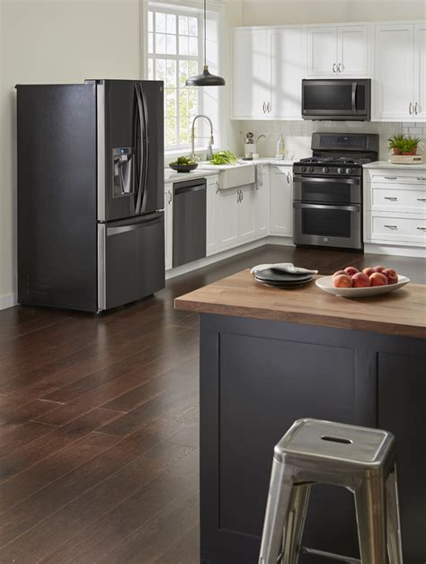 Black Kitchen Cabinets With Stainless Steel Appliances Kitchens With Black Stainless Appliances