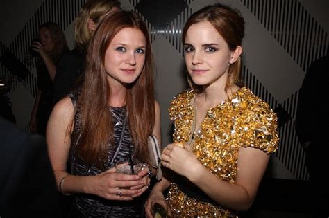 hermione granger ginny weasley whos is prettier its fair cuz both pics are equally