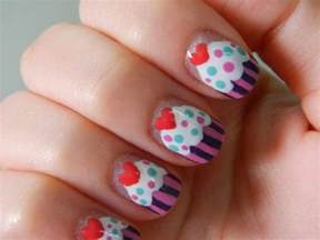 easy nail paint designs 29 easy designs to paint on nails picsrelevant