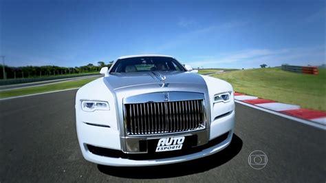 roll royce carro autoesporte autoesporte mostra os detalhes do rolls