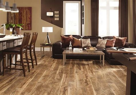 Rustic Wood Flooring Ideas: 6 Ways to Create That Lived in