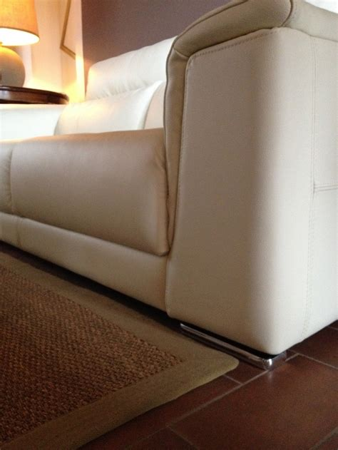 divani in pelle scontati divano in vera pelle scontato divani a prezzi scontati