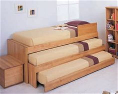 roomstogokids bunk beds 1000 images about trundle beds on trundle