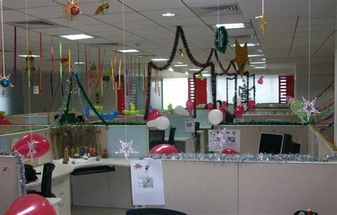 christmas decorations at work creative inspirational work place decorations godfather style