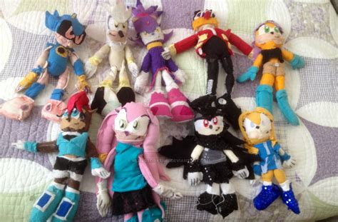sonic plushies home made sonic plushies by mlalstorytime on deviantart