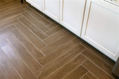 herringbone tile floor herringbone pattern laminate flooring