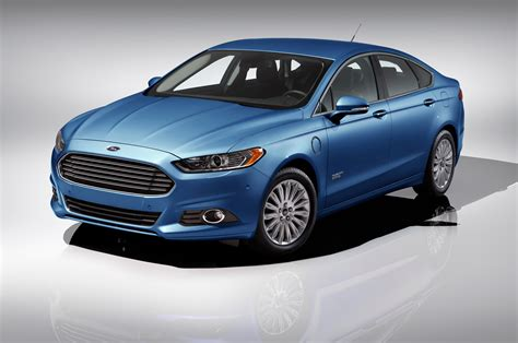 2015 ford fusion 2015 ford fusion energi reviews and rating motor trend