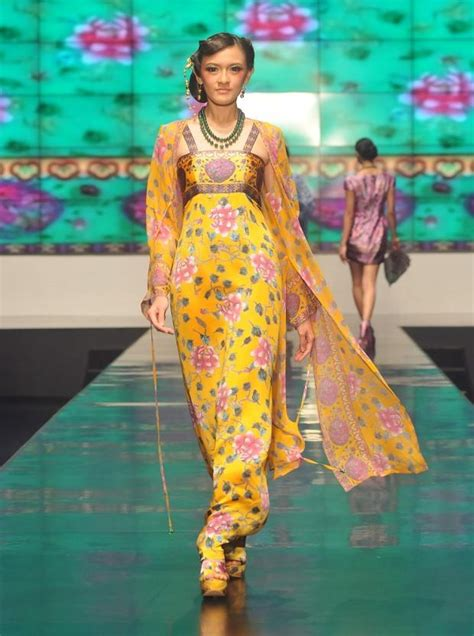 Ghea Dress ghea panggabean autumn fall winter 2012 indonesia fw