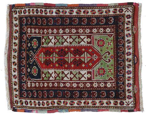 tappeti turchi vecchio tappeto turco yuntag area di bergama morandi tappeti