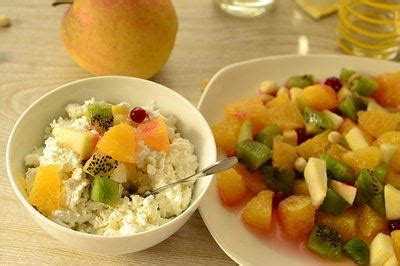cottage cheese and fruit for breakfast easy healthy breakfast ideas page 2 of 2 top