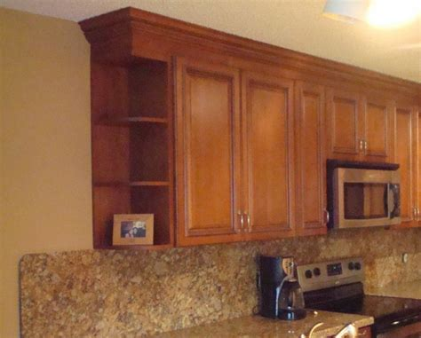 kitchen wall cabinet end shelf 18 best corner cabinet images on corner