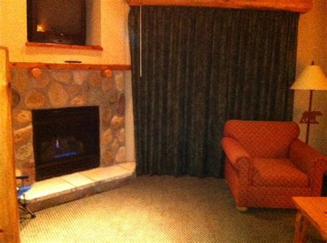fireplace in loft suite picture of great wolf lodge