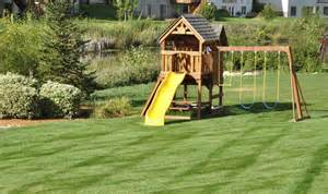 Backyard playground pictures and ideas