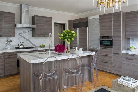 small kitchen appliances garage  aluminum door