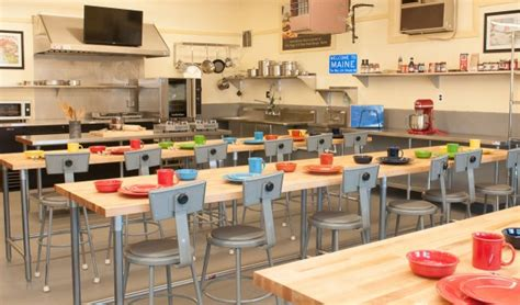 maine kitchen cooking school opens at r m flagg bangor