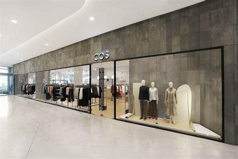 opening   store  thailand emquartier
