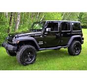 XD Series Rockstar Black/Machined W/ Custom Paint On 2012 Jeep