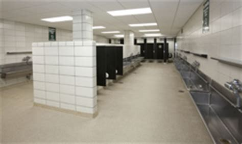 Wrigley Field Bathroom by Spiffy New S Restrooms A Omen For The Cubs