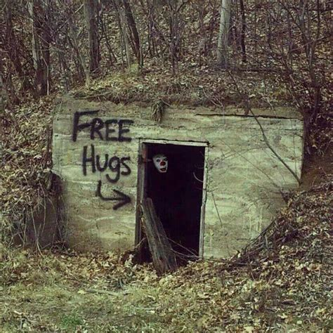 Free Hugs free hugs pennywise style samhain and all hallows oooh