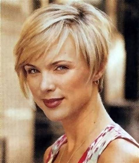 women hair cuts short growing bangs out hairstyles for growing out short hair