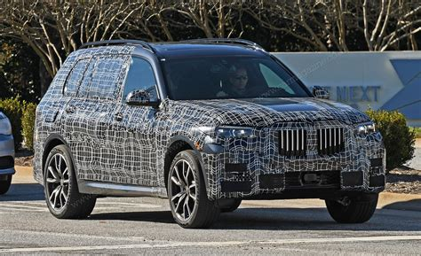 The New by New Bmw X7 2019 Photos Scoop Info By Car Magazine