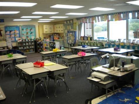 Classroom Desk Layout Ideas by Classroom Layout Classroom Layouts Preschool