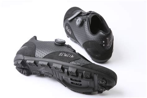 fizik bike shoes fizik m5b uomo mtb cycling shoes review cycling weekly