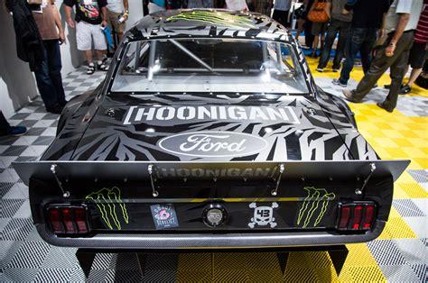 hoonigan mustang engine ken blocks hoonicorn rtr mustang rear view motor trend