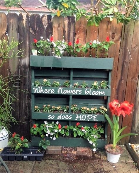 wood pallet wonders diy projects for home garden holidays and more books pallets ideas for your home and garden decor dearlinks