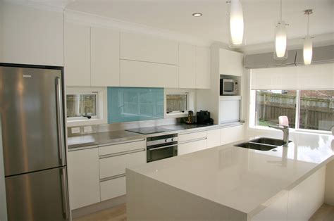 innovative kitchen designs modern contemporary minimalist kitchen design