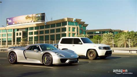 Nissan Gtr Vs Porsche by Video Nissan Patrol With Gt R Power Smokes Porsche 918