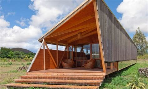designing a cabin small cabins and cottages contemporary cabin designs