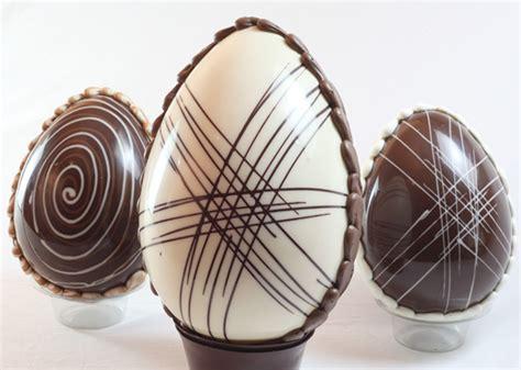 chocolate blanco para decorar huevos de pascua ideas para decorar huevos de pascua de chocolate
